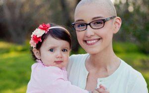 Dừa cạn hỗ trợ điều trị ung thư