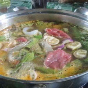 Lẩu Bép ăn Cùng Tôm, Thịt, Mực